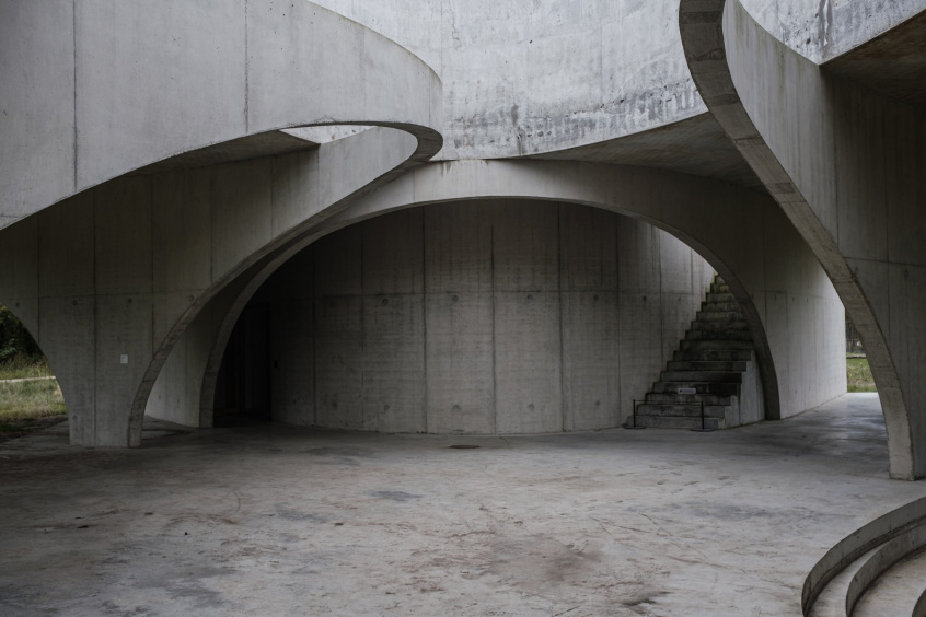 How Do You Reduce Alkali-Silica Reactions in Concrete? | Bisley International